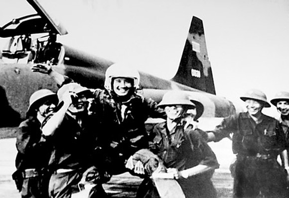 Nguyen Thanh Trung – The Pilot Who Joined an Enemy Air Force Just to Bomb Them With Their Own Plane!
